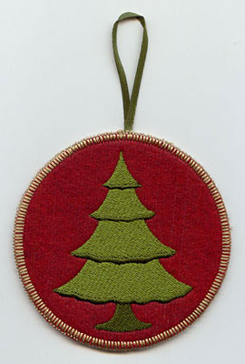 A Northwoods tree in-the-hoop Christmas ornament.