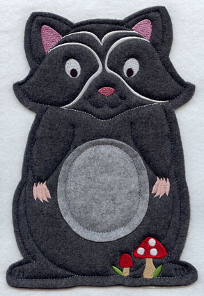 Crafty cut applique raccoon front.