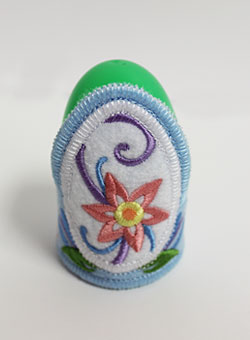 Easter egg or napkin holder machine embroidery design.