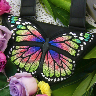 New In-the-Hoop Butterfly Purse