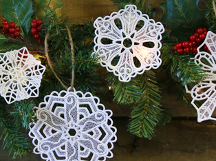 Christmas Lace Ornaments Designs